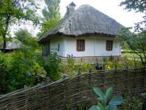 В селе управление домами самое непосредственное