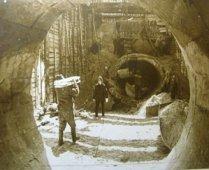 Ликвидация аварии на коллекторе Советского района идет полным ходом