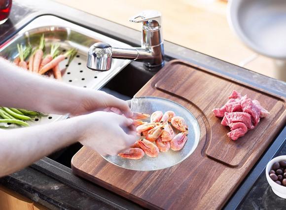 Готовить пищу можно не отходя от мойки
