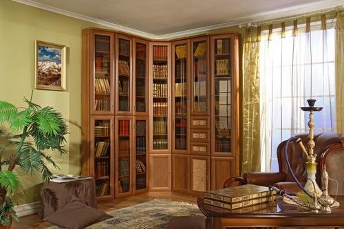 В хорошем доме должны быть хорошие книги