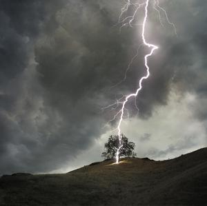 Удар молнии