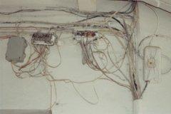 Гордиев узел в электропроводке.