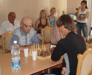 Шахматы - универсальная игра.