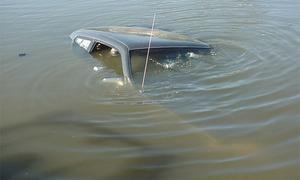 Затонувший ВАЗ.