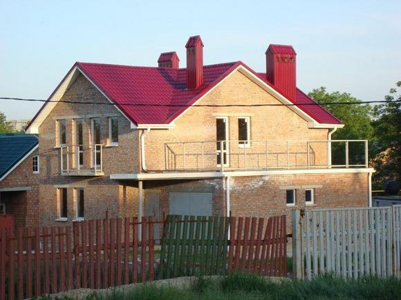 Дом из кирпича.