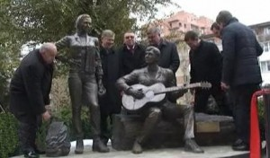 Памятник стройотрядовцам РГУПСа.
