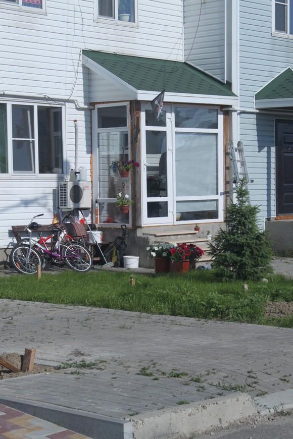 Многие из местных покупателей жилья в «Солнечном» вообще предпочитают жить без ограждений.