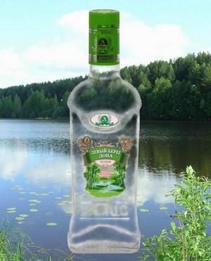 Теперь самым рентабельным видом деятельности на Левбердоне стало служение «зеленому змию». Реклама водки «Левый берег Дона».