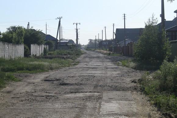 Однако не все кварталы «Янтарного» сейчас успешно благоустроены.