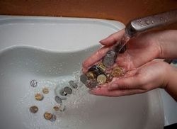Цена воды.
