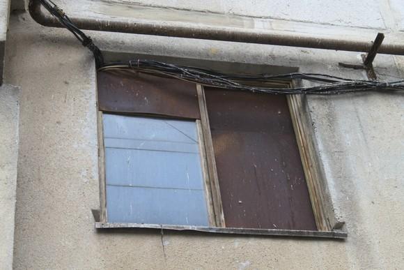 Воровство энергоресурсов у жильцов окрестными коммерсантами пришлось пресекать в том числе и в судебном порядке.