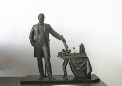 Памятник Андрею Байкову.