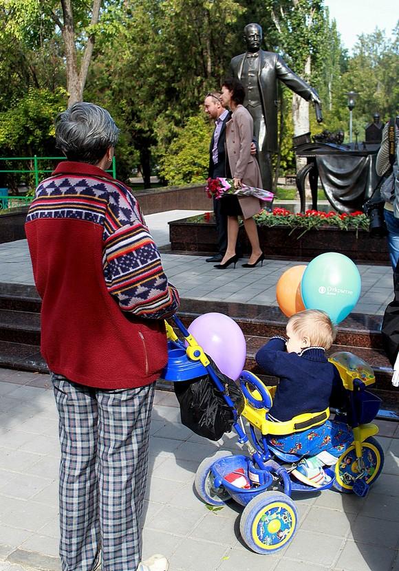 Но самое главное для ростовчан, что памятник вышел на славу.