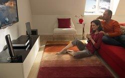 Диван - уютная мебель.