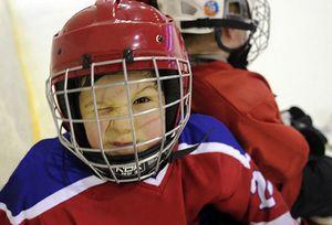 Играть в хоккей придется летом!