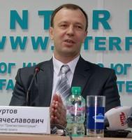 Михаил Хуртов.