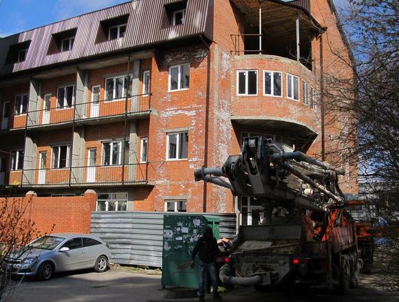 Самой последней жертвой ростовского Водоканала на днях оказалась четырехэтажная новостройка по ул. 40-летия Победы, 77 А.