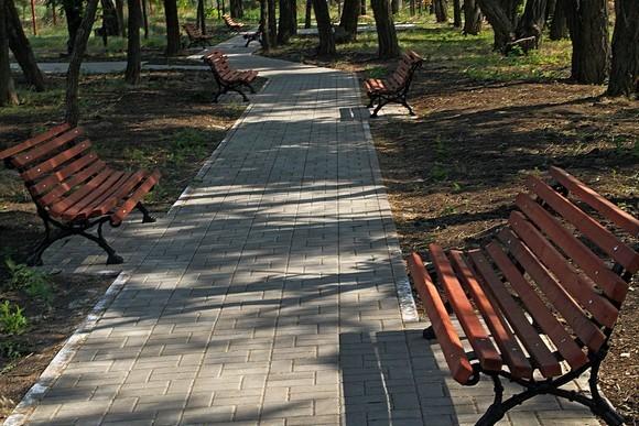 В Изумрудном есть свой парк.