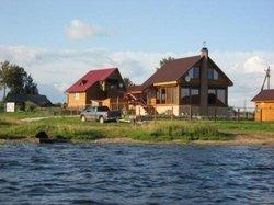 Дом у воды.