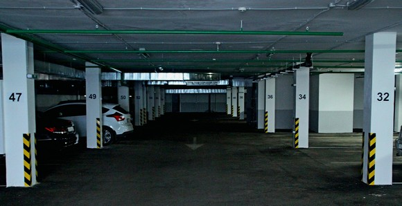 Подземный гараж.