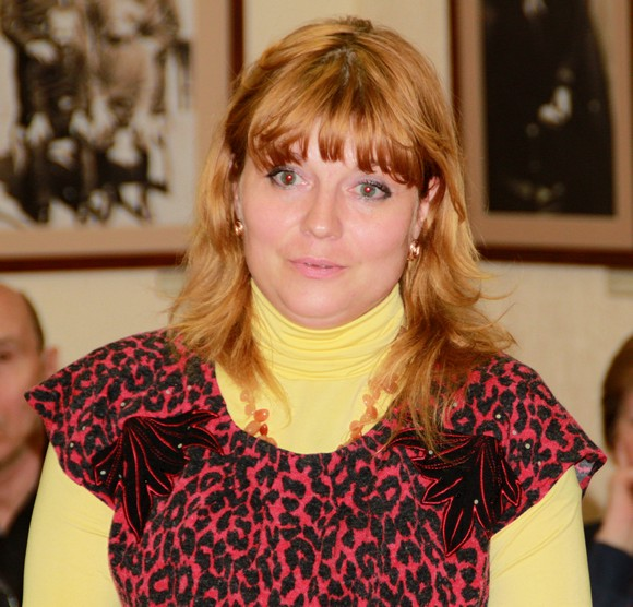 http://rostov-dom.info/2015/01/rostovskaya-mnogodetnaya-mat-postroila-dom-na-zemle-bez-kommunikacijj/