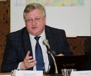 Советник президента РФ Юрий Крупнов хочет превратить Красный Колос в городок демографического будущего.