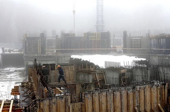 Январь-2015: строительство второго этажа.