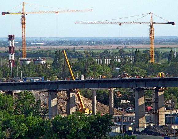 Ворошиловский мост «в неглиже».