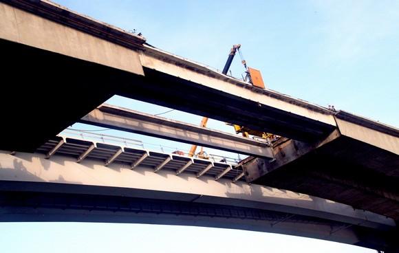 «Переодевание» моста.