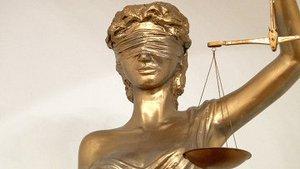 Защитит ли ростовская Фемида закон, несмотря на завязанные глаза?