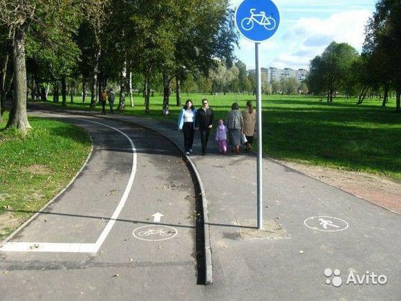 Похожую картину можно наблюдать и на улицах С.-Петербурга.