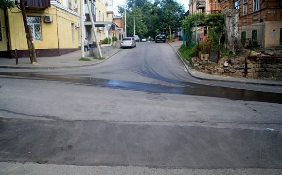 Затем спустился еще на один квартал в район Соборного и Ульяновской.