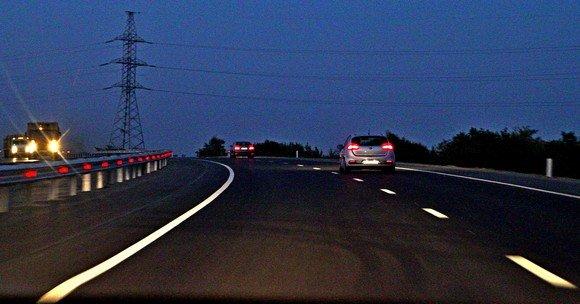 Возвращались из Азова в Ростов уже вечером, так что теперь смотрите ночные виды.