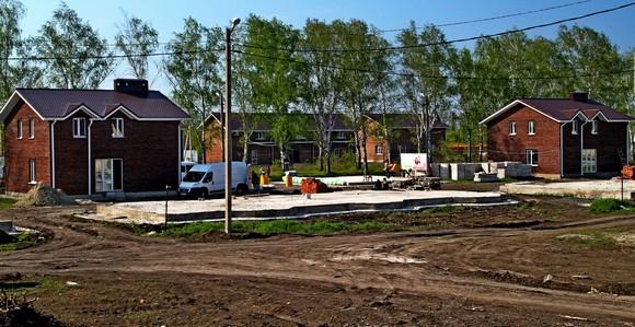 Застройщиком самого доступного жилья в Большом Ростове (если считать в ценах за кв. метр) выступает ЖСК «Березовая роща».
