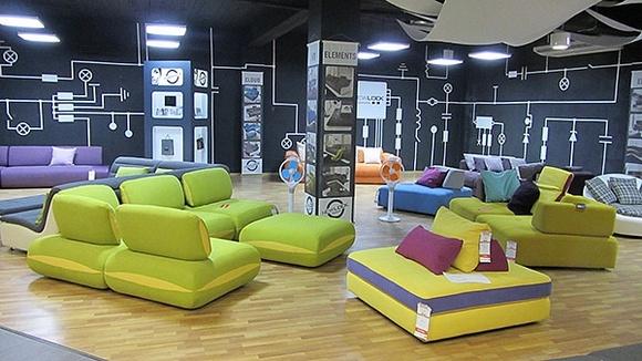 Мебель на выставке в Ростове.