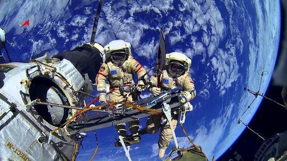 Космос и космонавты forever!