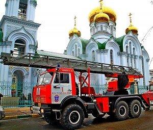 Пожар в Свято-Троицком храме Батайска.
